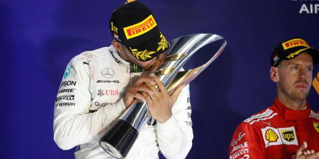 Blackout Ferrari, bye bye Hamilton