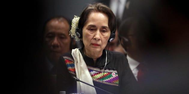 Anne Hidalgo retire à Aung San Suu Kyi sa citoyenneté d'honneur