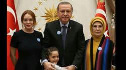 Lindsay Lohan rencontre Erdogan et la fillette syrienne Bana