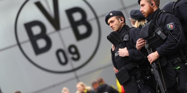 Quatre jours après l'attentat de Dortmund, une nouvelle revendication évoque le multiculturalisme et Hitler
