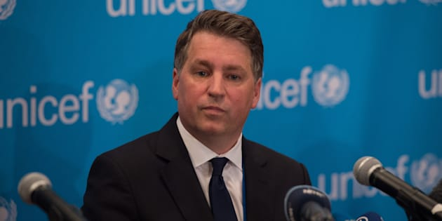 Lo scandalo Oxfam si allarga: il numero 2 di Unicef Justin Forsyth si dimette. L