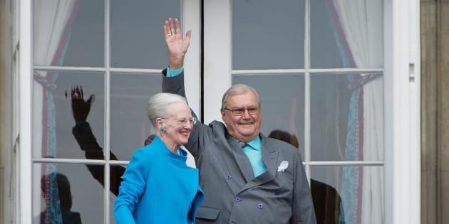 Le prince Henrik de Danemark et son épouse Margrethe à Copenhague le 16 avril 2016.