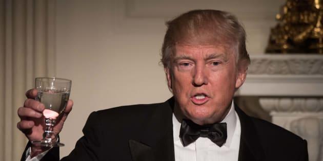 Le restaurant de Trump, où il a emmené le président chinois, épinglé pour 13 infractions alimentaires