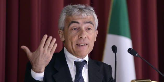 Vitalizi il presidente dell 39 inps tito boeri la camera for Numero parlamentari italiani