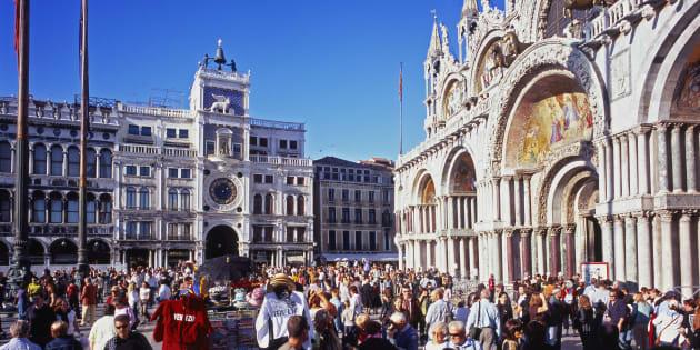 Il Comune di Venezia vieta di girare in monopattino