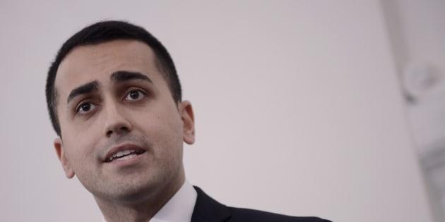 Di Maio: Cancelleri candidato M5s in Sicilia, non ci fermeranno