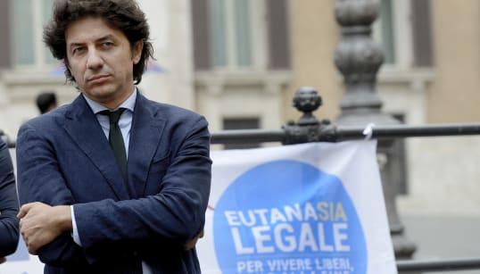 SUICIDIO ASSISTITO - Morte Dj Fabo, la Consulta decide su Marco