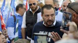 Salvini, sulle forze dell'ordine che servono ti
