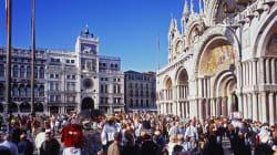 Il Comune di Venezia vieta di girare in