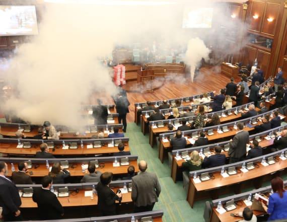 Kosovo opposition use tear gas to delay vote