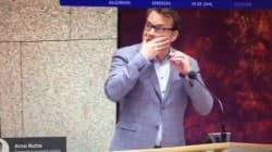 Un homme tente de se suicider en plein Parlement aux