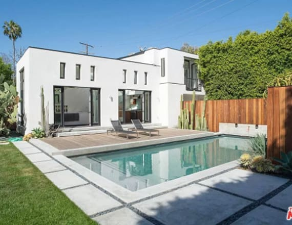 Diane Kruger and Joshua Jackson sell Calif. home