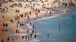 East Coast Swelters Through Record-Breaking