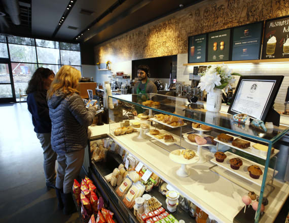 Starbucks launches all-day dining cafe in China