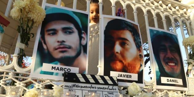 Integrantes del Colectivo de Cine Campechano se manifestaron en el parque de la Libertad de Expresión en donde realizaron una  protesta pacifica mostrando su solidaridad por la  muerte de tres estudiantes de Cine, desaparecidos el 19 de marzo y posteriormente asesinados en Tonalá, Jalisco.