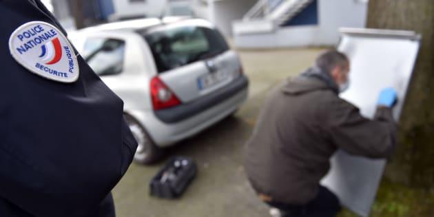 Les techniciens et scientifiques de la police nationale, qui représentent environ 2.500 fonctionnaires en France, ont décidé de cibler une nuit symbolique pour montrer leur grogne.