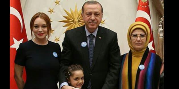 Lindsay Lohan rencontre Recep Tayyip Erdogan et la fillette syrienne Bana al-Abed