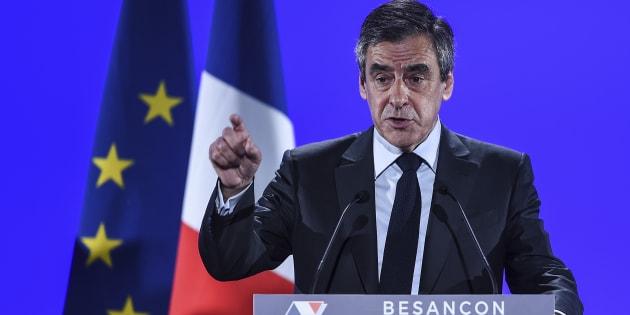 François Fillon lors de son meeting à Besançon.