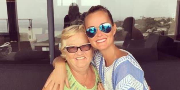 Elyette Boudou et Laeticia Hallyday (photo publiée en juillet 2017 sur Instagram).