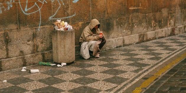 Il lavoro aumenta ma la povertà non diminuisce