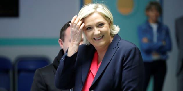 Marine Le Pen est donnée largement en tête du premier tour.