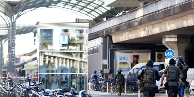 Le parquet anti-terroriste allemand se saisit de l'enquête sur la prise d'otage à la gare de Cologne