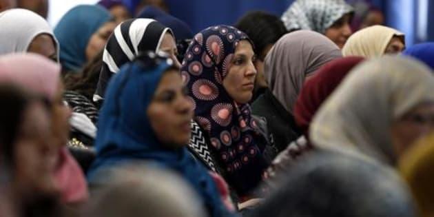 Tunísia e Jordânia aprovaram leis para proteger mulheres.