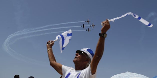 """Festa nella """"fortezza Israele"""", forte dell"""