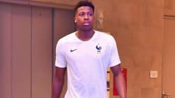 Le nouveau maillot de l'équipe de France de foot dévoilé par... un