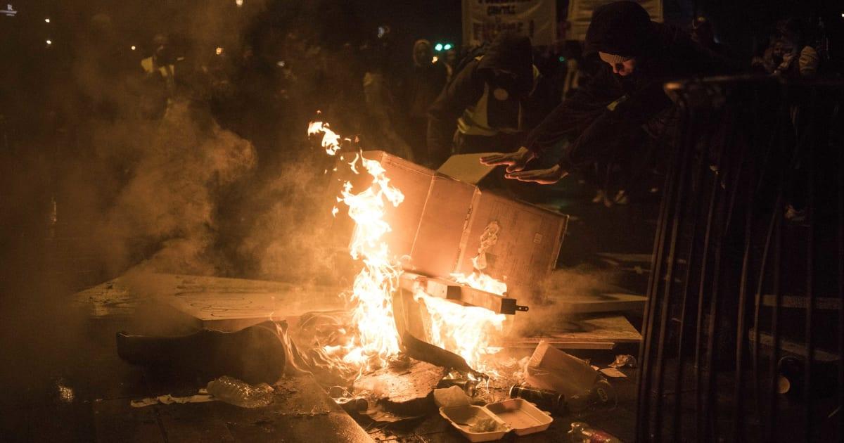 anticasseurs feu vert de l 39 assembl e des interdictions de manifester le huffington post. Black Bedroom Furniture Sets. Home Design Ideas