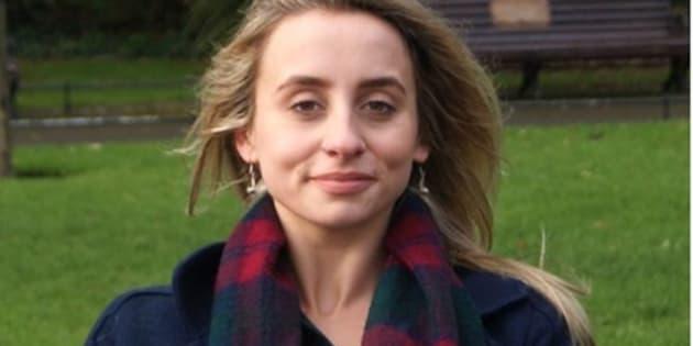Pour Fabiana Mizzoni, l'illégalité de l'IVG n'empêche pas les femmes irlandaises d'y avoir recours mais l'empêche de se dérouler en toute sécurité. Elle raconte son avortement à l'âge de 17 ans.