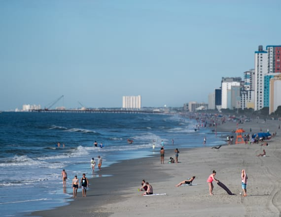 Myrtle Beach braces for tourists despite outbreaks