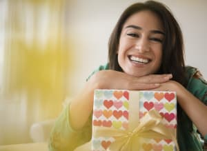 20 Cute Valentineu0027s Day Gifts For Women Who Love Love  sc 1 st  Huffington Post & Valentines Day Gift Ideas | HuffPost Canada