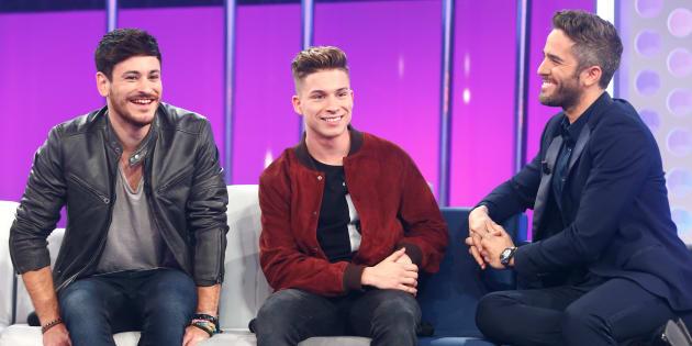 Cepeda, Raoul y el presentador Roberto Leal durante el programa 'Operación Triunfo'.