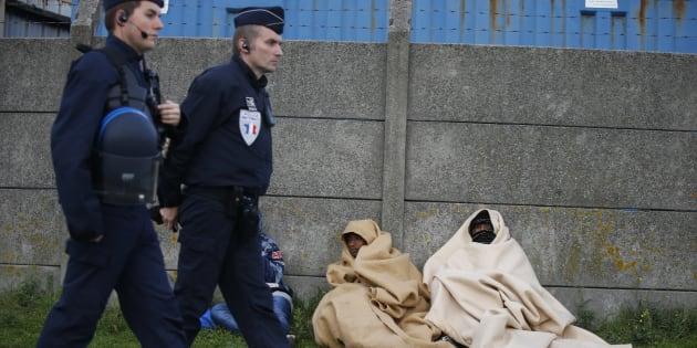Monsieur Macron, rendez sa grandeur à la France, redonnez-lui son humanité envers les migrants.