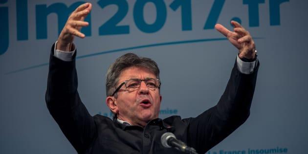 Conventions, tirage au sort et constituante... Comment Jean-Luc Mélenchon veut dynamiter la Ve République