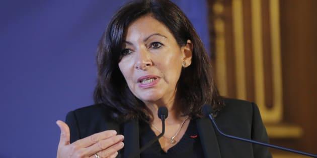 Anne Hidalgo en conférence de presse à Paris le 29 novembre.