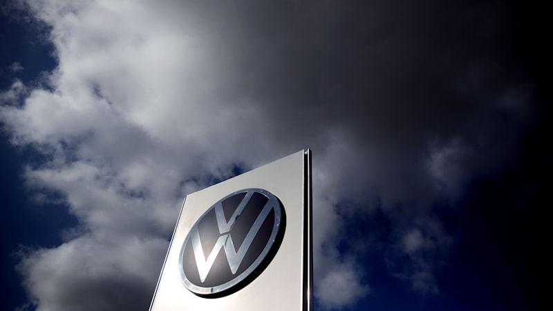 VW proposes 35% dividend increase, settles class action emissions lawsuit