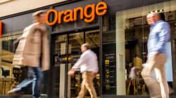 Orange se fait taper sur les doigts pour la