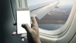 Un cellulaire prend feu dans un avion d'Air