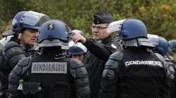 Francia, donna ferisce due persone al grido di