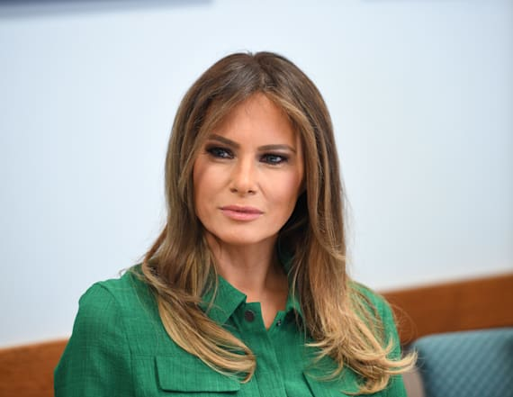 Melania Trump stuns in form-fitting LBD