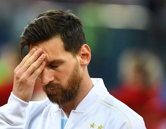 Messi overcome by emotion during Argentine anthem