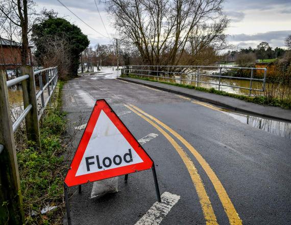 Flood threat puts millions of Americans on edge