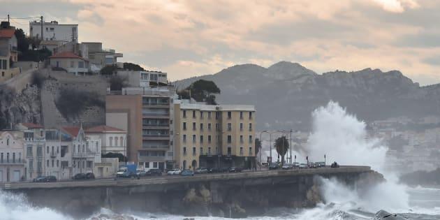 Alerte rouge: La tempête qui va traverser la France vous concerne-t-elle?