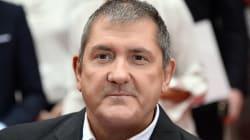 Yves Calvi quitte LCI et pourrait rejoindre Canal