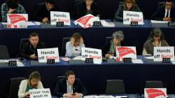 La grosse colère de Macron face aux eurodéputés hostiles aux frappes en