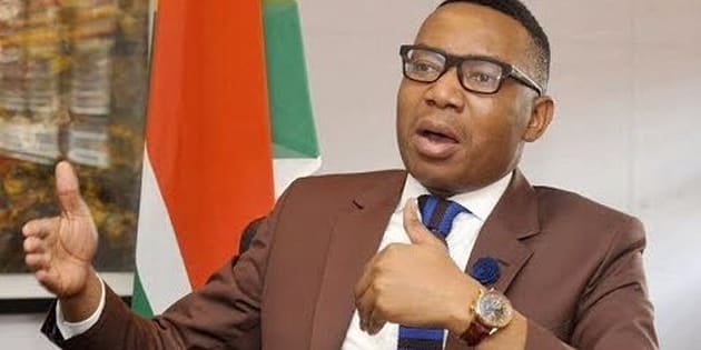 Deputy minister Mduduzi Manana 'confesses' to slapping woman