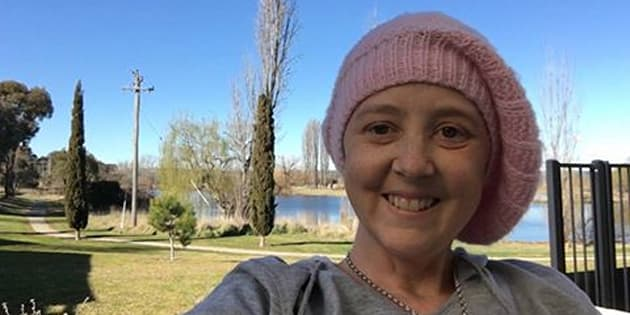 Hundreds gathered at Connie Johnson memorial in Melbourne, while thousands watched on live streams to celebrate the life of the cancer campaigner.