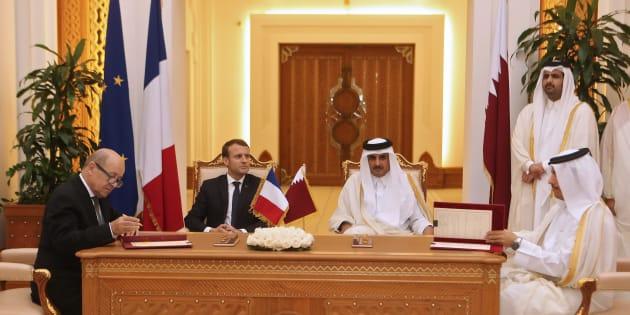 Macron au Qatar: Rafale, métro, véhicules blindés...  une moisson de contrats pour la France